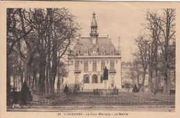 Cp , 94 , VINCENNES, La Cour Marigny , La Mairie - Vincennes