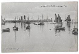Cpa: 29 DOUARNENEZ (ar. Quimper) Le Grand Port   N° 127 (peu Courante) - Douarnenez