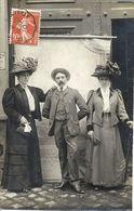 CPA Carte Photo Environs De Guérande - Personnes Habillées En Costume D'époque - Guérande