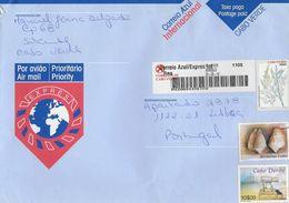 TIMBRES - STAMPS - LETTRE POST BLEU / EXPRES POUR PORTUGAL AVEC AUTOCOLLANTS À BARRE ET TIMBRES - CAP VERT / CAPE VERDE - Cape Verde