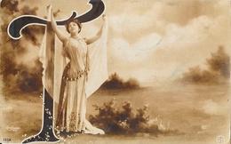 Fantaisie - Alphabet - Lettre T, Jeune Femme Et Voiles - Reutlinger - Carte Sépia S.I.P. N° 1358 - Autres