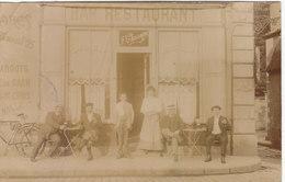 """PARIS 19E : T.RARE CARTE -PHOTO DE 1909.BAR-RESTAURANT """" F. CHASSAGNE """" RUE DU CHEMIN DE FER.PLI HAUT GAUCHE - Arrondissement: 19"""