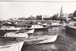 33. ARCACHON.  LA PLAGE D'EYRAC ET L'EGLISE ST FERDINAND. ANNEE 1964 - Arcachon