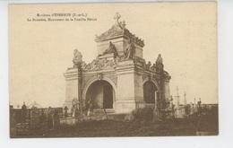 EPERNON (environs) - La Boissière , Monument De La Famille Hériot - Epernon