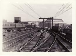 Railway Station Photo London Fenchurch Street 1957 Platform 2 Exit GER LT&SR - Trains