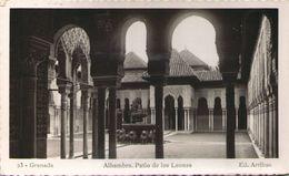 GRANADA - Alhambra - Patio De Los Leones - Granada