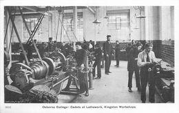 OSBORNE COLLEGE - CADETS AT LATHERWORK, KINGSTON WORKSHOPS - Angleterre