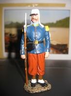 F113 FIGURINE SOLDAT DE PLOMB LEGION ETRANGERE LEGIONNAIRE VOLTIGEUR DU RE 1864 - Tin Soldiers