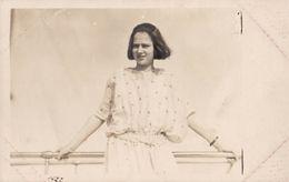 ROYALTY : PRINCIPESA ILEANA / PRINCESS ILEANA Of ROMANIA  - CARTE VRAIE PHOTO / REAL PHOTO ~ 1930 - '35 (ab607) - Roumanie