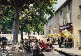 Rennes Les Bains La Place Tres Animée Bar Tabac Midi Libre Pub Phenix Edit Cim - Altri Comuni