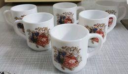 6 Tasses Arcopal FRANCE Neufs. - Cups
