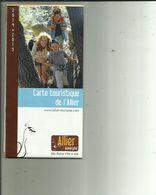 Carte Routiere Touristique Depliante Tres Bon Etat  De L'Allier - Roadmaps
