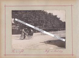 METZ 1899 - Photo Originale De L'occupation Allemande, Fin D'un Défilé ( Moselle ) - Lugares