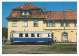 VGH - Diesel-Triebwagen T 1 Nach Der Wiederaufbereitung Auf Der Einweihungsfahrt Am 31.5.1985 Im Bhf. Hoya - Eisenbahnen