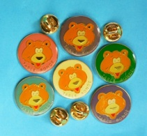 6 PIN'S //   ** OURS / TABLE RONDE ** . (Parkson) - Badges