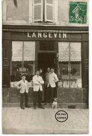 PITHIVIERS. CARTE PHOTO. Devanture Du Salon De Coiffure LANGEVIN. - Pithiviers