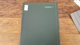 LOT 393137 ALBUM DE TIMBRE DE FRANCE NEUF**/* OBLITERE PORT A 5 EUROS - Sammlungen (im Alben)