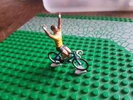 Figurine Métal Cycliste Maillot Jaune - Figurines