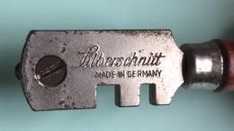 Découpe Verre De Marque Silberschnit Mare Un Germany - Sciences & Technique