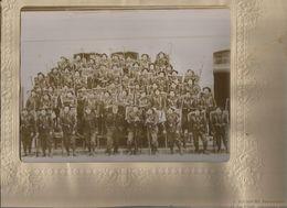 VINCENNES (94) ? PHOTO ANCIENNE SUPERBE  AVEC MILITAIRES AVEC CANNES ET FUSILS (PHOTO J BOUHOURS VINCENNES ) - War, Military