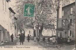 CPA 84  MIRABEAU PLACE DE LA FONTAINE ANIMEE - Francia