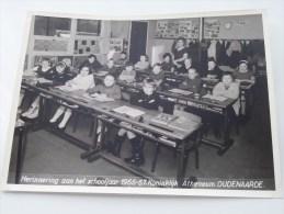 KLASFOTO Herinnering Aan Het Schooljaar 1966-67 Koninklijk Atheneum OUDENAARDE ( Zie Foto Voor Details ) - Personnes Identifiées
