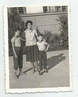 Woman And Boys  Pose For Photo  381;-53 - Personnes Anonymes