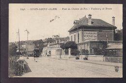 CPA 69 - LYON SAINT-CLAIR - Pont Du Chemin De Fer - Faubourg De Bresse - PLAN TRAMWAY + Publicité CHARBONS Vernay - Autres