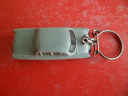 Ancien PC Auto Voiture Automobile SIMCA Ariane éch.1/86 Des Micro Miniatures NOREV - Schlüsselanhänger