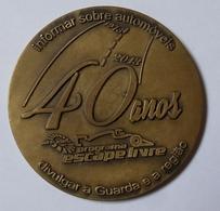 """Medaille Rádio Altitude 90.9  Automobile  40ème Anniversaire """"Escape Livre""""  1973-2013 Portugal - Professionals / Firms"""