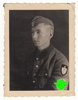Photo Militärfoto WW2 ± 1940 Deutscher Soldat Mit Schiffchen Uniform RAD  Nr. 71 - Ca. 8 X 6 Cm - Krieg, Militär
