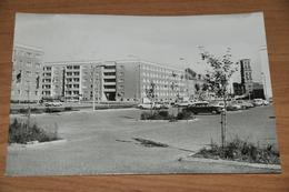 3153- Dessau, Ecke August Bebel Und Willy Lohmann Strasse - Autos - Dessau