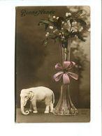 Cp - BONNE ANNEE - Éléphant Décoratif - Elephants