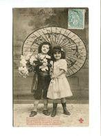 Cp - Couple D'enfants à L'ombrelle - Voeux Mignon - Gruppi Di Bambini & Famiglie