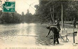 VINCENNES - LE BOIS - BEAU PLAN DE PECHEURS A LA LIGNE - PECHE - LAC DES MINIMES - Vincennes