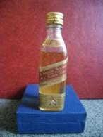 MIGNONNETTE WHISKY JOHNNY WALKER Red Label Old Scotch Mini Bottle Collection 5cl Pour 40% - Miniatures