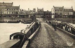 - Dpts Div.-ref-YY437- Calvados - Arromanches Les Bains - Port De La Liberation 1944 - Guerre 1939-45 -carte Bon Etat - - Arromanches