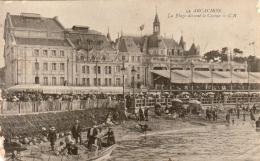 D33  ARCACHON  La Plage Devant Le Casino  ..... - Arcachon
