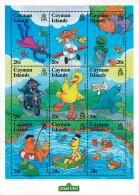 Ref. 300258 * NEW *  - CAYMAN Islands . 2000. COMICS. COMICS - Cayman Islands