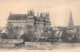 Langeais (37) - Le Château Et L'Eglise - Langeais