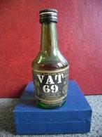 MIGNONNETTE WHISKY VAT 69 Old Scotch Mini Bottle Collection 5cl Pour 40% South Queensferry Par Sanderson Ecosse - Miniatures