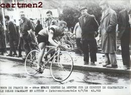 PHOTOGRAPHIE ANCIENNNE TOUR DE FRANCE 1958 LE BELGE BRANKART CHATEAULIN CYCLISME SPORT CYCLISTE - Sports