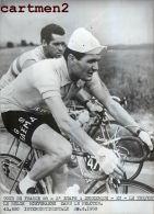 PHOTOGRAPHIE ANCIENNNE TOUR DE FRANCE 1958 DUNKERQUE EU LE TREPORT LE BELGE HOEVENAERS CYCLISME SPORT CYCLISTE - Cyclisme