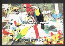 Sao Tomé E Principe Bloc Perroquets Et Aras Neuf * *  TB= MNH VF     Soldé ....... - Parrots