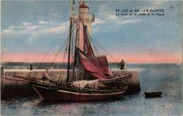 CPA Ile De Ré. La Flotte. Le Bout De La Jetée Et Le Phare. (666622) - Ile De Ré