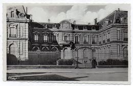 Cpsm 52 - Chaumont (Haute-Marne) La Préfecture - (9x14 Cm) - Chaumont