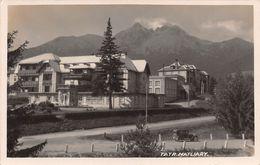 """07613 """"SLOVACCHIA - ALTO TATRA - ALBERGO MATLIARY"""" PANORAMA, FOTO J. LAMPLOTA. CART  NON SPED - Slovacchia"""