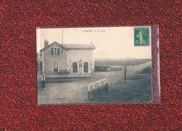 17 La Gare De Vergné , Canton De Loulay , Passage à Niveau 1915 Par LE GUISTRANNEC - Autres Communes