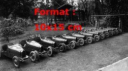 Reproduction D'une Photographie Ancienne De Plusieurs Bugatti - Reproductions
