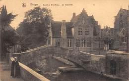 BRUGES - Derrière Gruuthuse - La Doyenne - Brugge